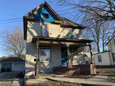 Ogle County Single Family Home For Sale: 410 S Congress