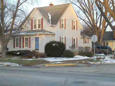 Ogle County Single Family Home For Sale: 411 S 4th Street