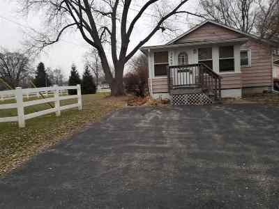 Winnebago County Single Family Home For Sale: 2460 New Milford Church Road
