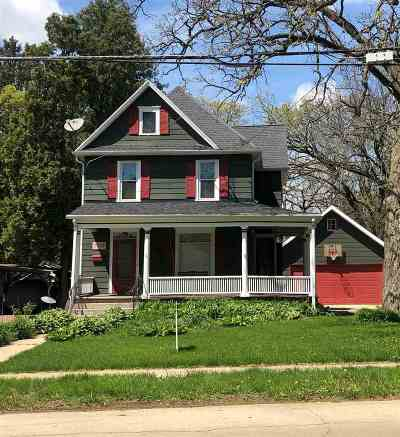 Stephenson County Single Family Home For Sale: 1414 W Stephenson Street