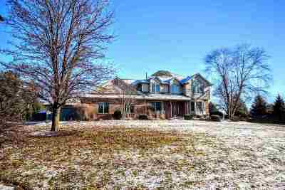 Boone County Single Family Home For Sale: 9435 Ridgeview Rd.