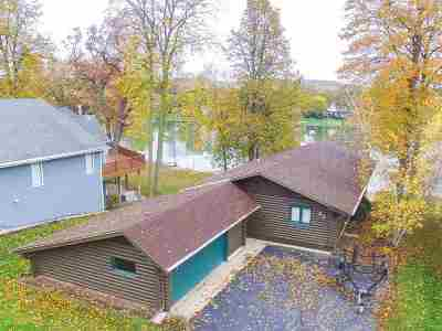 Stephenson County Single Family Home For Sale: 23 Delburne Drive