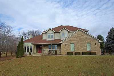 Winnebago County Single Family Home For Sale: 8698 Grove Hill Road