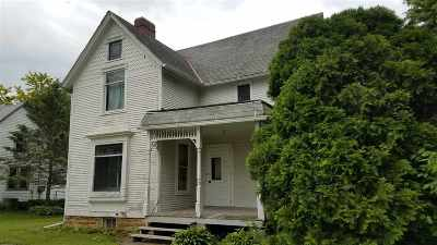 Ogle County Single Family Home For Sale: 406 S Garfield Street