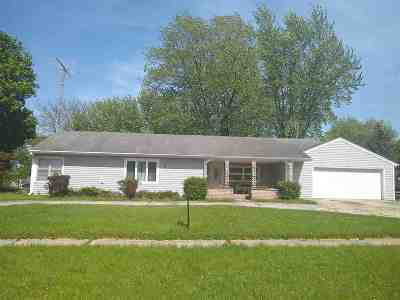 Belvidere Single Family Home For Sale: 336 Andrews Drive