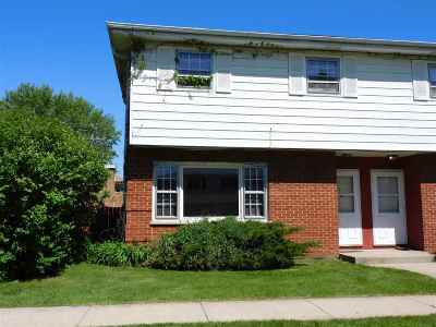 Machesney Park Condo/Townhouse For Sale: 340 Northway Park Road