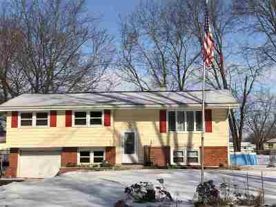Winnebago County Single Family Home For Sale: 1912 Juniper Lane