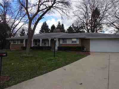 Rockford Single Family Home For Sale: 4221 Coventry Close