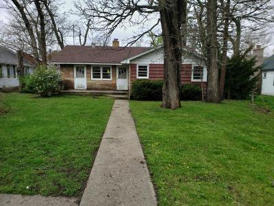 Machesney Park Single Family Home For Sale: 9832 Queen Oaks Drive