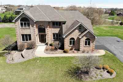 Boone County Single Family Home For Sale: 12495 Ashfield Road