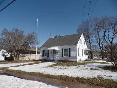 Ogle County Single Family Home For Sale: 801 S 8th Street