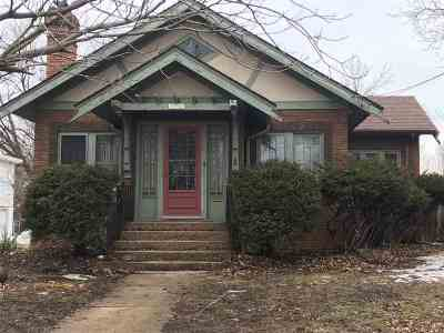 Rockford Single Family Home For Sale: 1556 Crosby Street