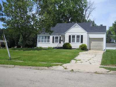 Ogle County Single Family Home For Sale: 612 W Mason Street