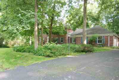 Belvidere Single Family Home For Sale: 10042 Tanglewood Circle