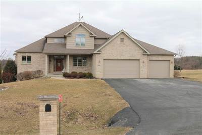 Stillman Valley Single Family Home For Sale: 9647 N White Tail Trail