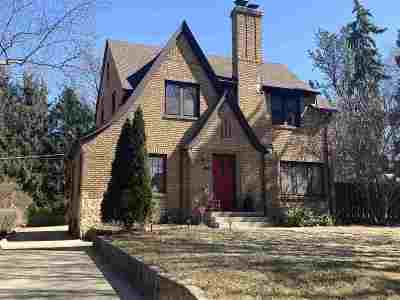 Rockford IL Single Family Home For Sale: $159,000