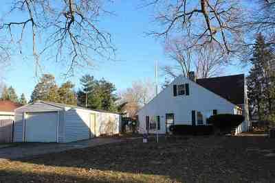 Ogle County Single Family Home For Sale: 309 Sunset Lane