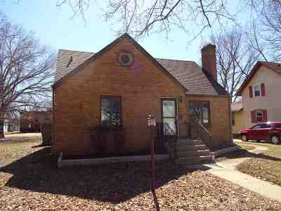 Winnebago County Single Family Home For Sale: 1909 17th Avenue