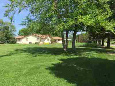 Stillman Valley Single Family Home For Sale: 6318 E Il Rte 72