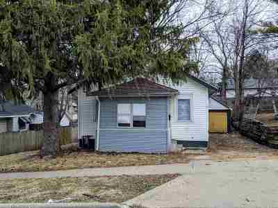 Rockford Single Family Home For Sale: 323 N Pierpont Avenue