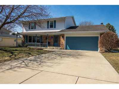Rockford Single Family Home For Sale: 1862 Honeysuckle Drive