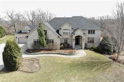Belvidere Single Family Home For Sale: 5049 Smokethorn Trail