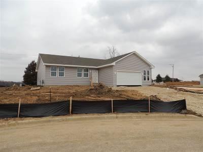 Loves Park Single Family Home For Sale: 6814 Tupelo Road