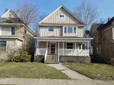 Rockford Single Family Home For Sale: 939 N Court Street