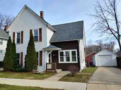Boone County Single Family Home For Sale: 403 E Madison Street