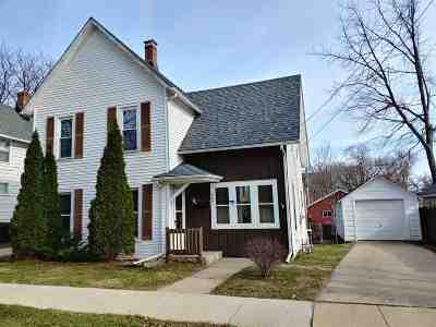 Belvidere Single Family Home For Sale: 403 E Madison Street