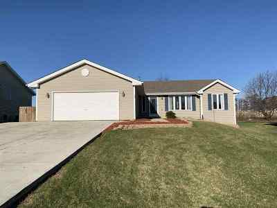 Winnebago Single Family Home For Sale: 4096 Westridge Drive
