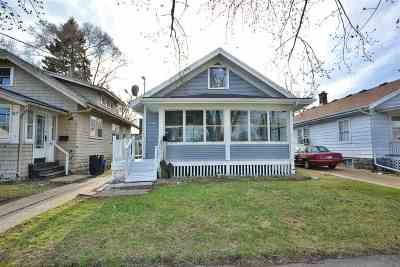 Rockford Single Family Home For Sale: 2311 S 4th Street