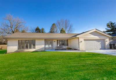 Rockford IL Single Family Home For Sale: $190,000