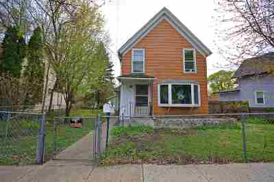 Belvidere Single Family Home For Sale: 412 Gardner Street
