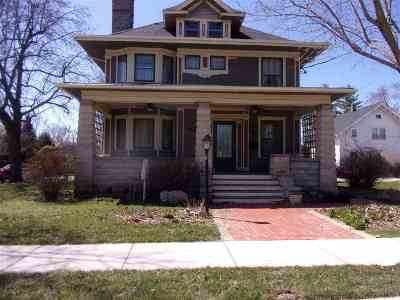 Rockton Single Family Home For Sale: 316 N Blackhawk Boulevard