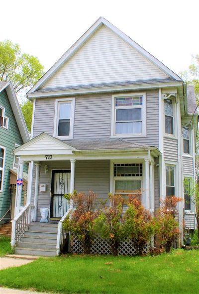 Rockford Single Family Home For Sale: 717 N Horsman Street