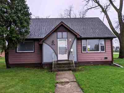 Belvidere Single Family Home For Sale: 924 Wayne Street