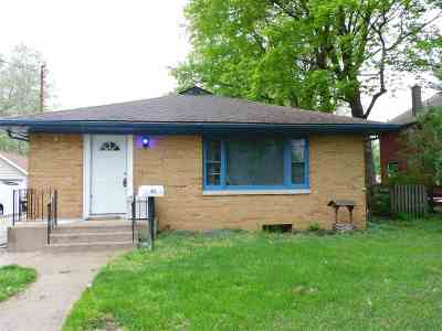 Belvidere Single Family Home For Sale: 815 Van Buren Street