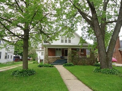 Stephenson County Single Family Home For Sale: 816 S Park