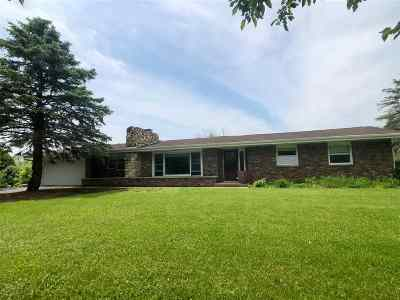 Byron Single Family Home For Sale: 8502 N Hedge Road