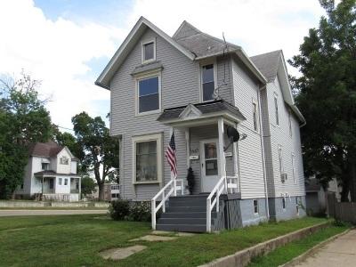 Rockford Multi Family Home For Sale: 1447 4th Avenue