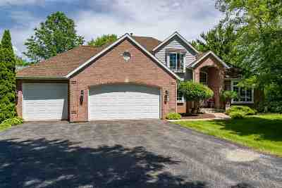 Belvidere Single Family Home For Sale: 2302 Cairnwell Drive