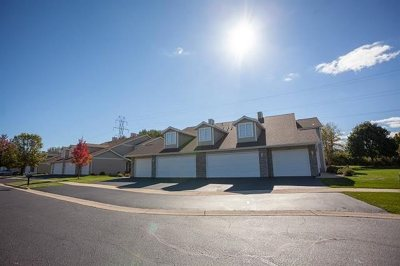 Rockford Condo/Townhouse For Sale: 5033 Diane Court