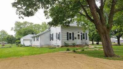 Ogle County Single Family Home For Sale: 1105 S 3rd Street