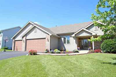 Rockford Single Family Home For Sale: 457 Cross Plains