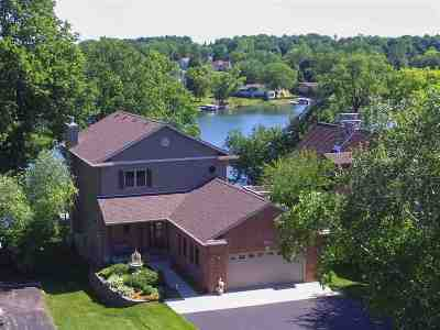Stephenson County Single Family Home For Sale: 24 Delburne Drive