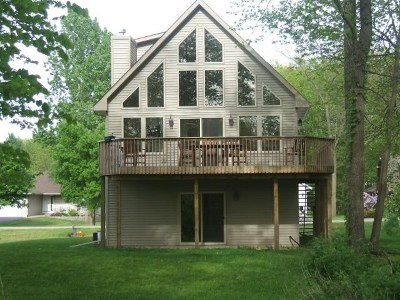 Stephenson County Single Family Home For Sale: 350 Corkhill