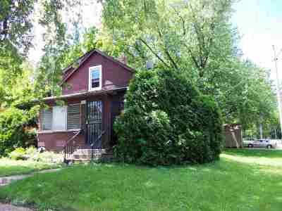 Single Family Home For Sale: 326 N Henrietta Avenue