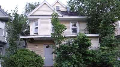 Rockford Single Family Home For Sale: 945 N Court Street