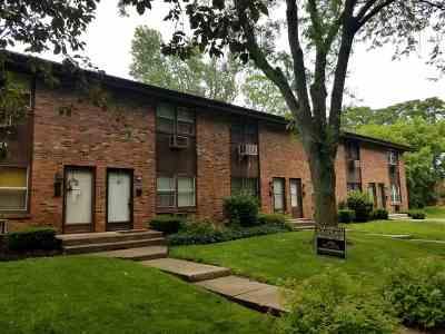 Rockford Condo/Townhouse For Sale: 150 Flintridge